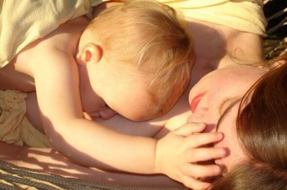 De effecten van borstvoeding op je hersenen