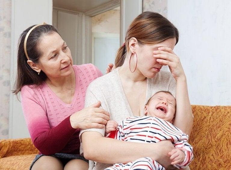 Hoe herkennen we een postnatale depressie