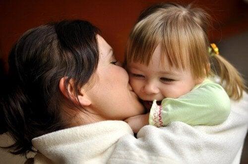 Moeders worden de wereld van hun baby
