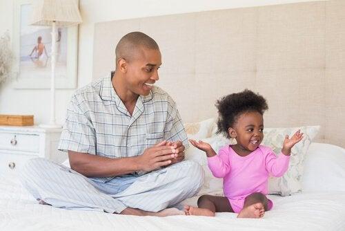 Geef je kind de mogelijkheid om zijn aanhankelijkheid en warmhartigheid te tonen