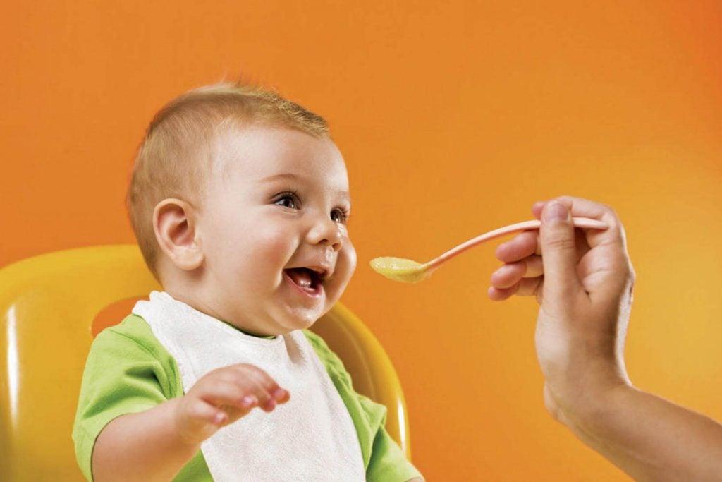 13 tips over de voeding van baby's jonger dan 3 jaar