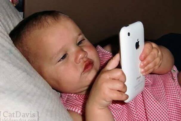 Hoe iPads en smartphones kinderen beïnvloeden