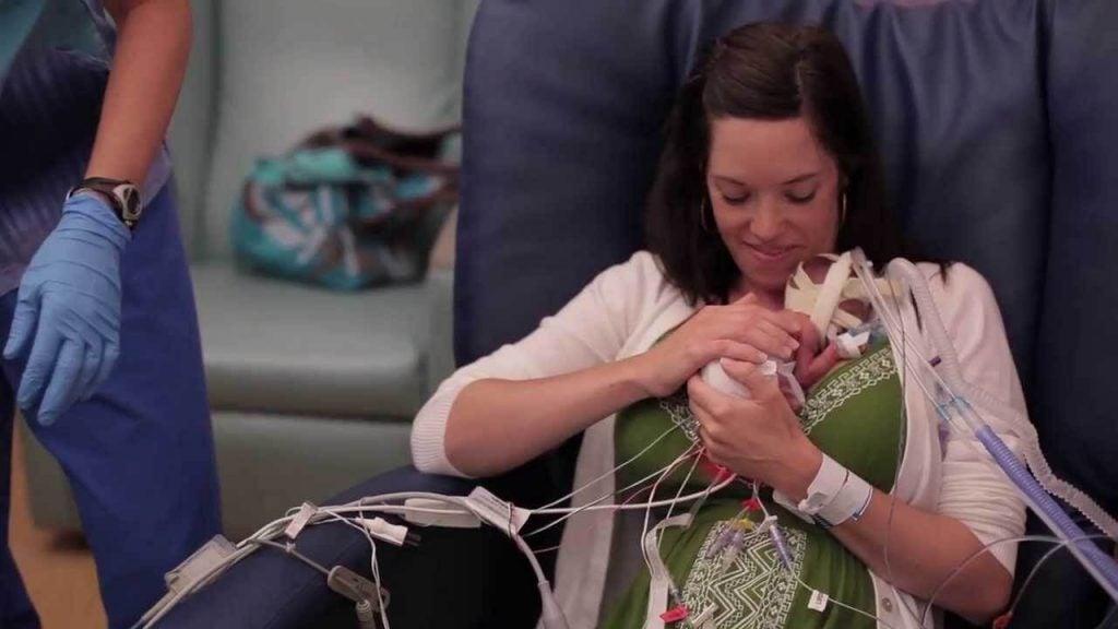 Deze video laat zien dat liefde premature baby's sterker maakt