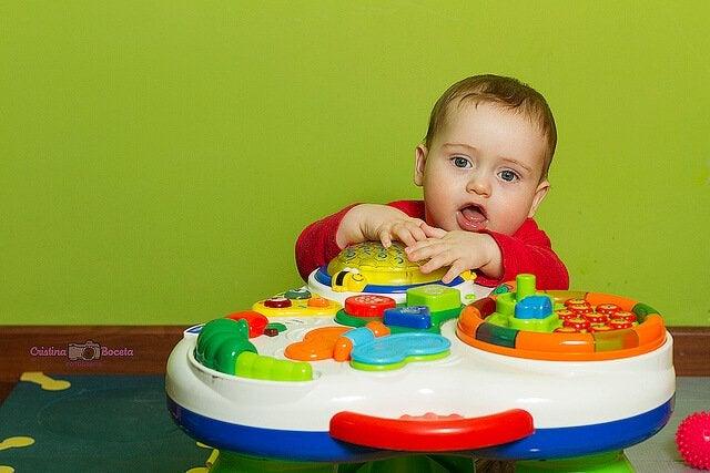Activiteiten van 3 tot 6 maanden in het eerste levensjaar van je baby