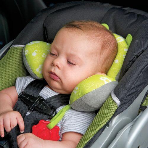 Laat je kind nooit slapen in een autostoeltje