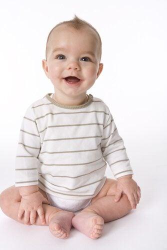 Oefeningen om je baby te leren zitten
