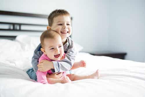 De effecten van leeftijdsverschil tussen broers en zussen