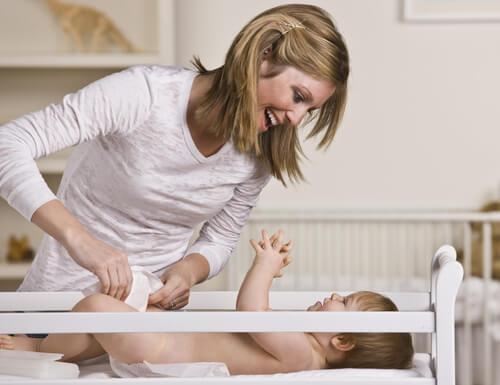 Je kinderen begeleiden en opvoeden is de taak van een moeder