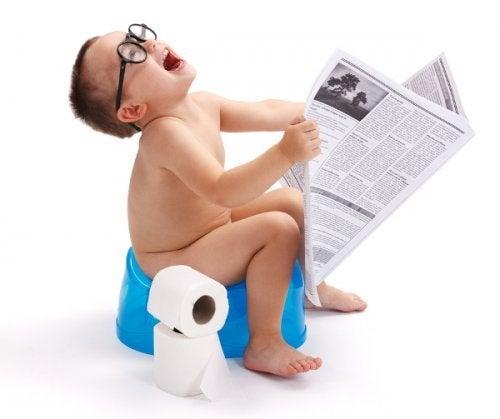 Wat ouders nooit zouden moeten posten op social media is bijvoorbeeld een foto van hun kind op het potje