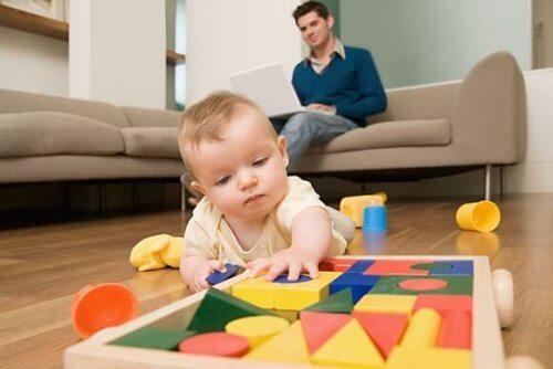 9 fouten om te vermijden wanneer je kind leert lopen