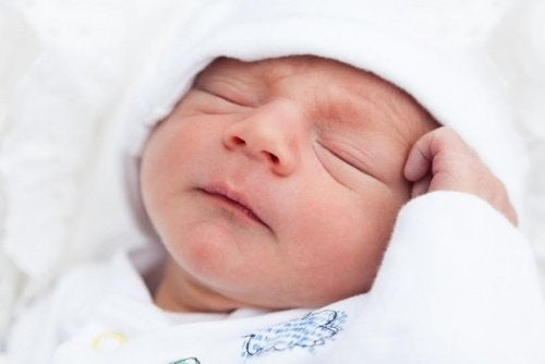 5 redenen waarom je baby niet goed slaapt