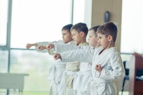 Taekwondo helpt ook het karakter van kinderen te vormen