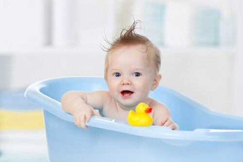 De ideale temperatuur van je baby's badje