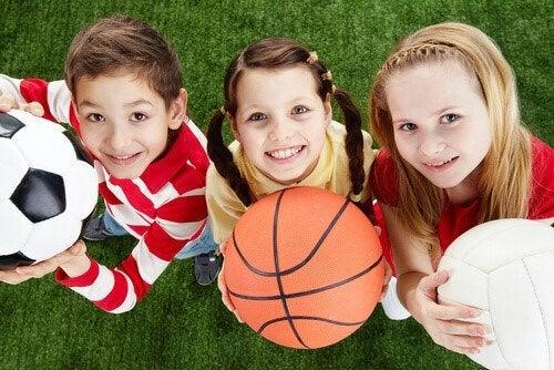 Sporten tijdens de kindertijd: balsporten