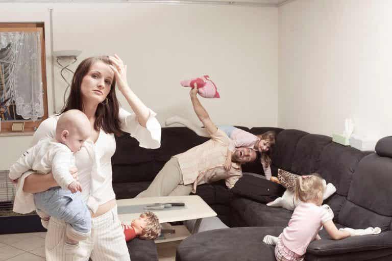 Waarom ervaren moeders meer stress dan vaders