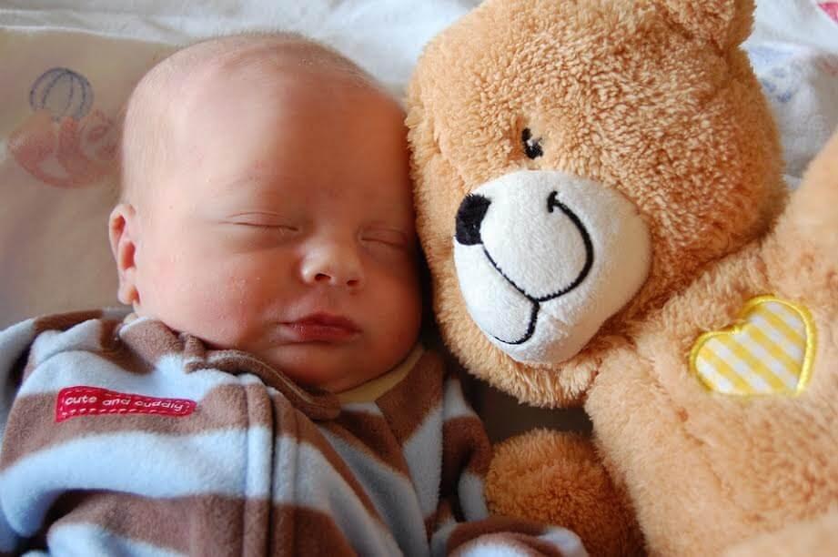 De ideale slaaphouding voor je baby