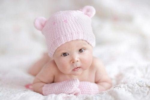 Je voorbereiden op je pasgeborene: welke babykleding moet je kopen?