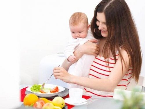 Gewicht verliezen door borstvoeding: gezonde voeding