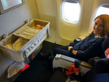 Reizen met een baby in het vliegtuig