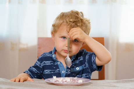 Een kind dat weigert te eten