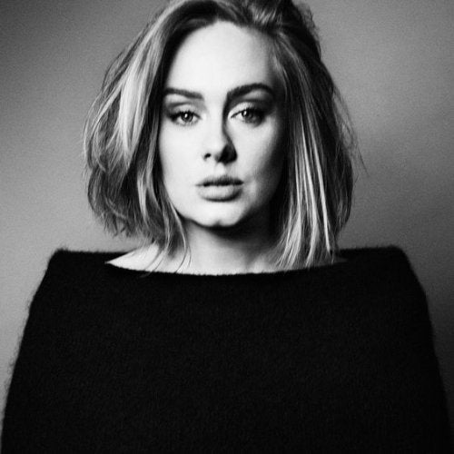 Adele deelt haar ervaring met een postnatale depressie