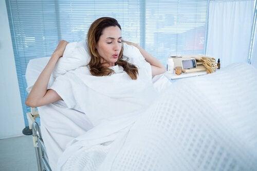 Wat zijn de risico's als de bevalling vertraagd is