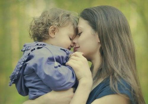 7 leugentjes om bestwil die iedere moeder ooit wel vertelt