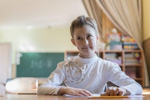 Handvatten om de concentratie bij kinderen te verbeteren
