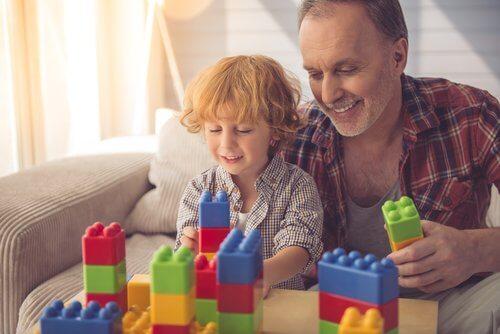 De voordelen van bouwspelletjes: papa en zoon