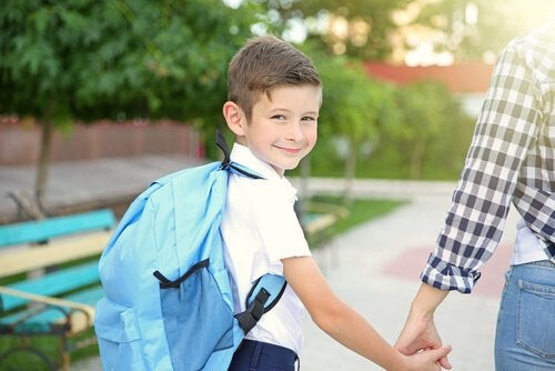 Voor het eerst naar school, je bent in een oogwenk opgegroeid