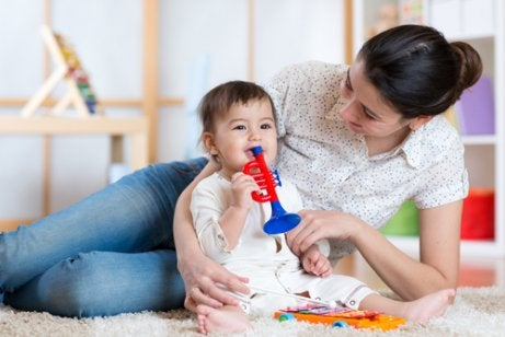 3 manieren om je baby de hele dag te vermaken