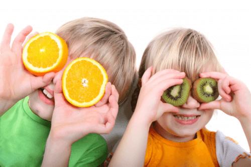 Sinaasappel en kiwi