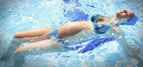Zwemmen tijdens de zwangerschap