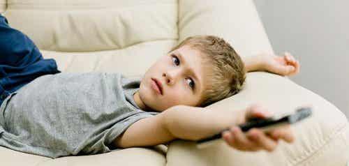 Slechte gewoonten die vaak voorkomen bij jonge kinderen