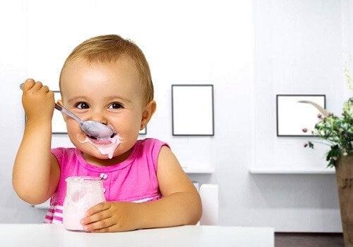 Tussendoortjes voor kinderen: yoghurt