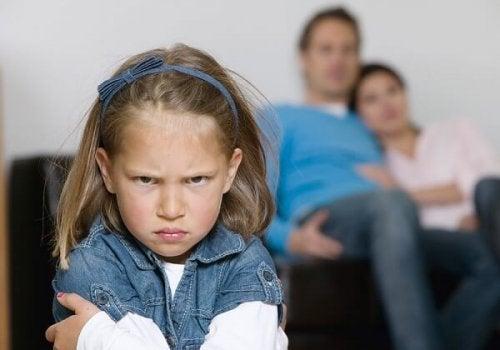 Hoe moet je kinderen die zich slecht gedragen aanpakken