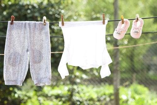Encoprese bij kinderen: kleding wassen