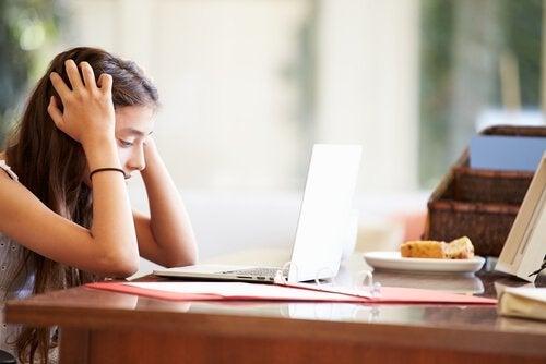 Hyperactieve kinderen: concentreren op huiswerk