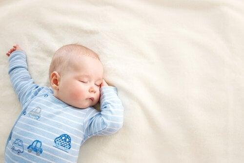 Waarom baby's veel slapen