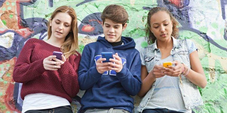 Nomofobie bij tieners - wat moet je hierover weten?
