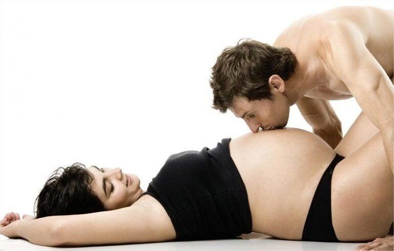 Seks tijdens de zwangerschap tijdens het derde trimester