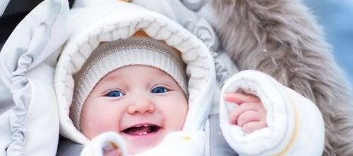 4 tips die je baby warm houden, met name in de winter