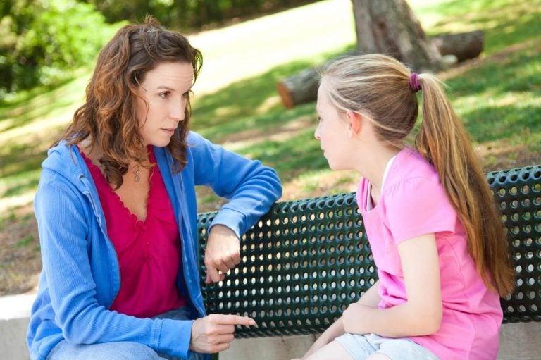 Leer je kinderen om hun instincten te vertrouwen als ze met vreemden praten