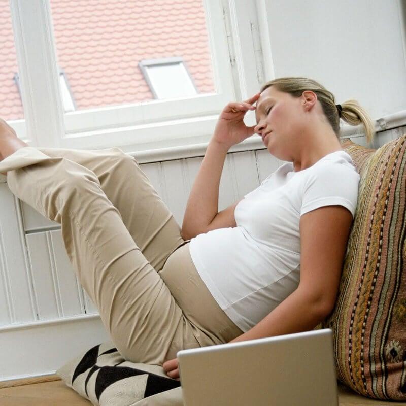 Een innestelingsbloeding tijdens de zwangerschap en de symptomen
