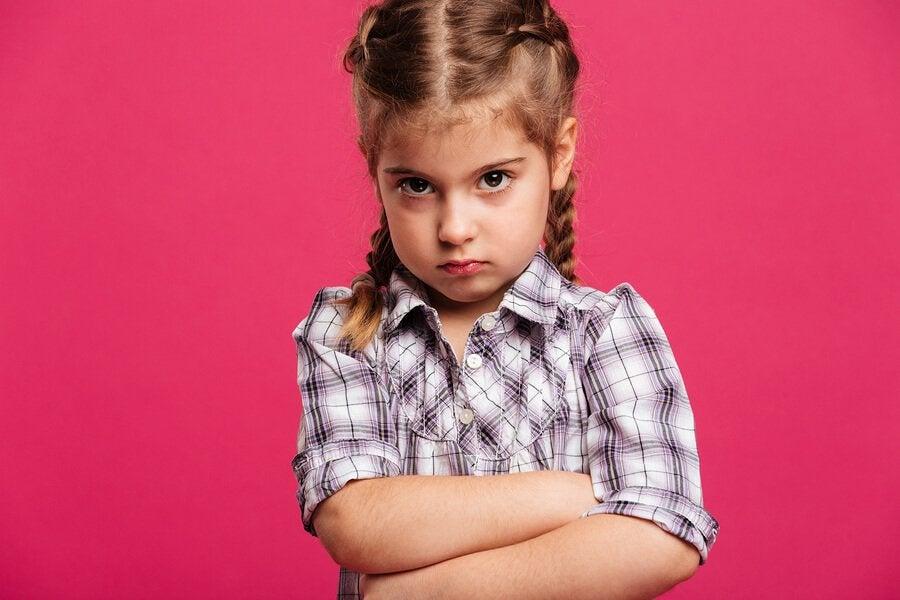 5 tips om met een boos kind te praten
