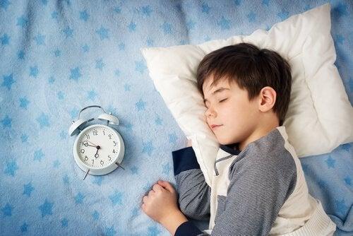 Ga vroeg naar bed om vroeg wakker te worden