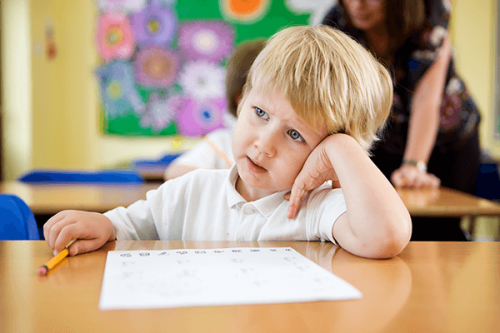 Mijn kind is snel afgeleid op school maar dit betekent niet meteen dat hij aan ADD lijdt