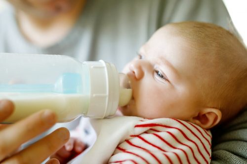 Aanbevolen hoeveelheid melk voor je baby