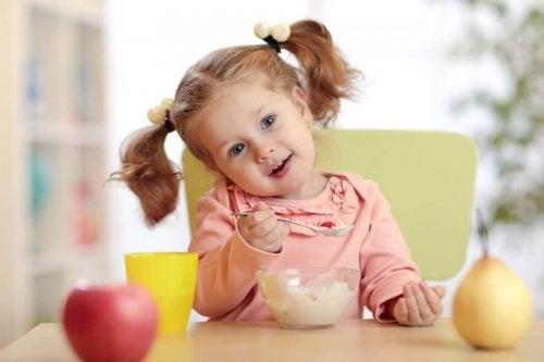 Voedingsmiddelen om het immuunsysteem van je kind te verbeteren