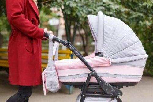 Wat neem je mee als je met je baby op stap gaat?